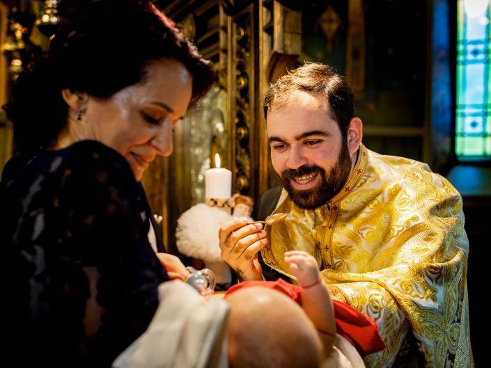 Fotograf de botez - Antonio Socea - Fotograf Botez profesionist Bucuresti-Ploiesti