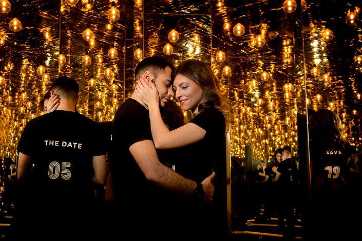 Sedinta foto de logodna bucuresti - Muzeul simturilor - Antonio socea fotograf profesionist de nunta