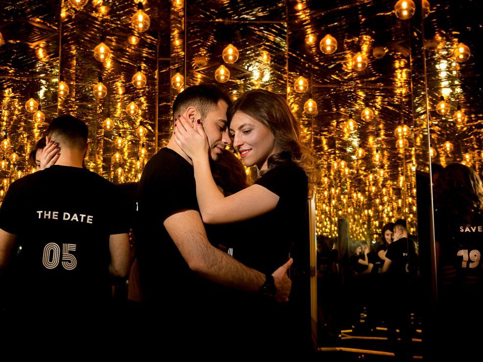 Sedinta foto cuplu bucuresti - Muzeul simturilor - Antonio socea fotograf profesionist de nunta