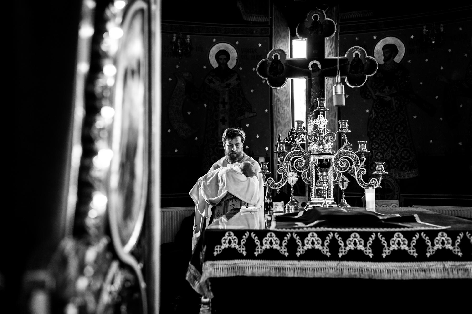 Fotograf profesionist Bucuresti - Botez Biserica Constantin si Elena Bucuresti- Fotograf Premium Bucuresti - Antonio Socea