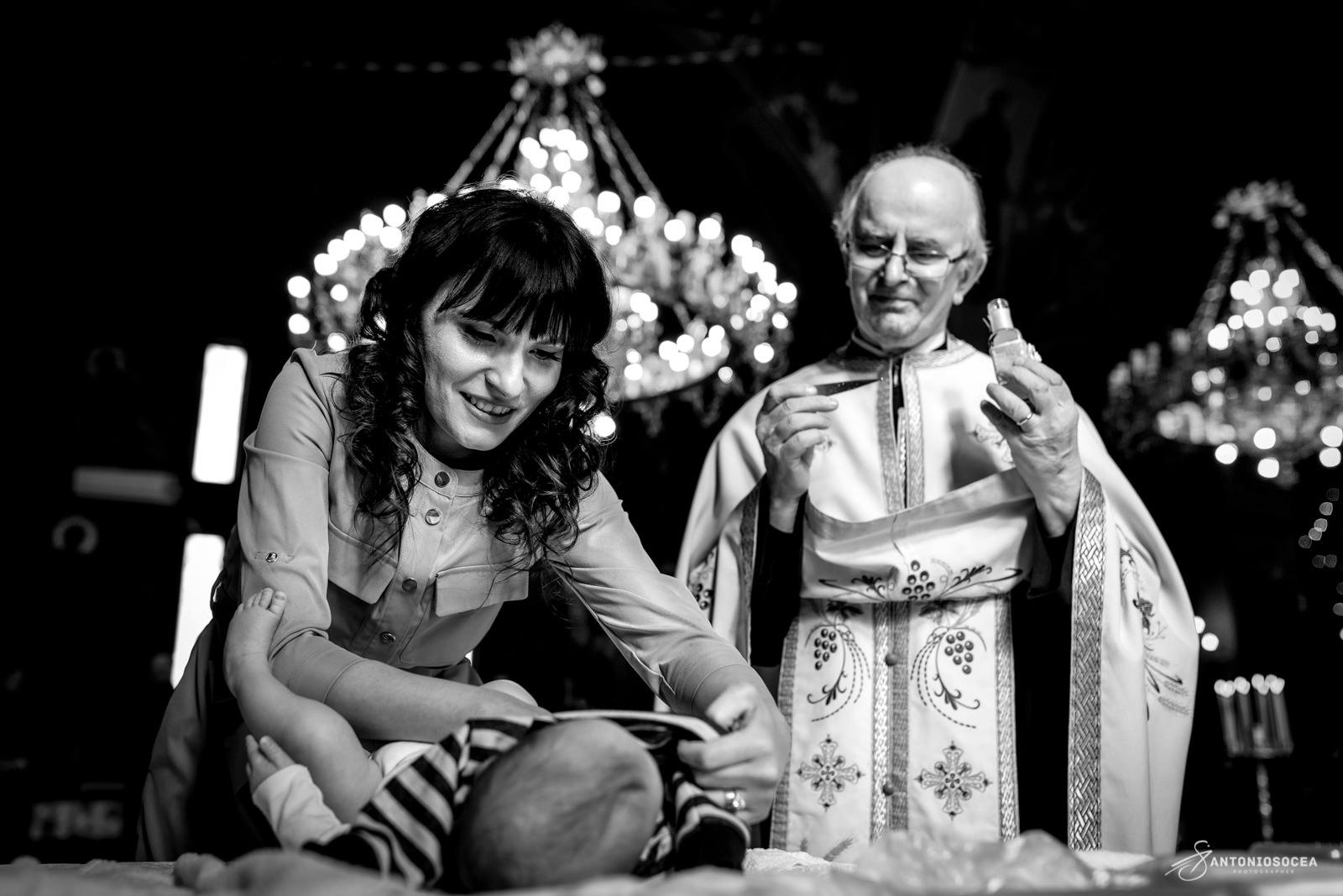 Fotografie Botez Bucuresti - Biserica Constantin Si Elena Bucuresti - Fotograf Familie Bucuresti