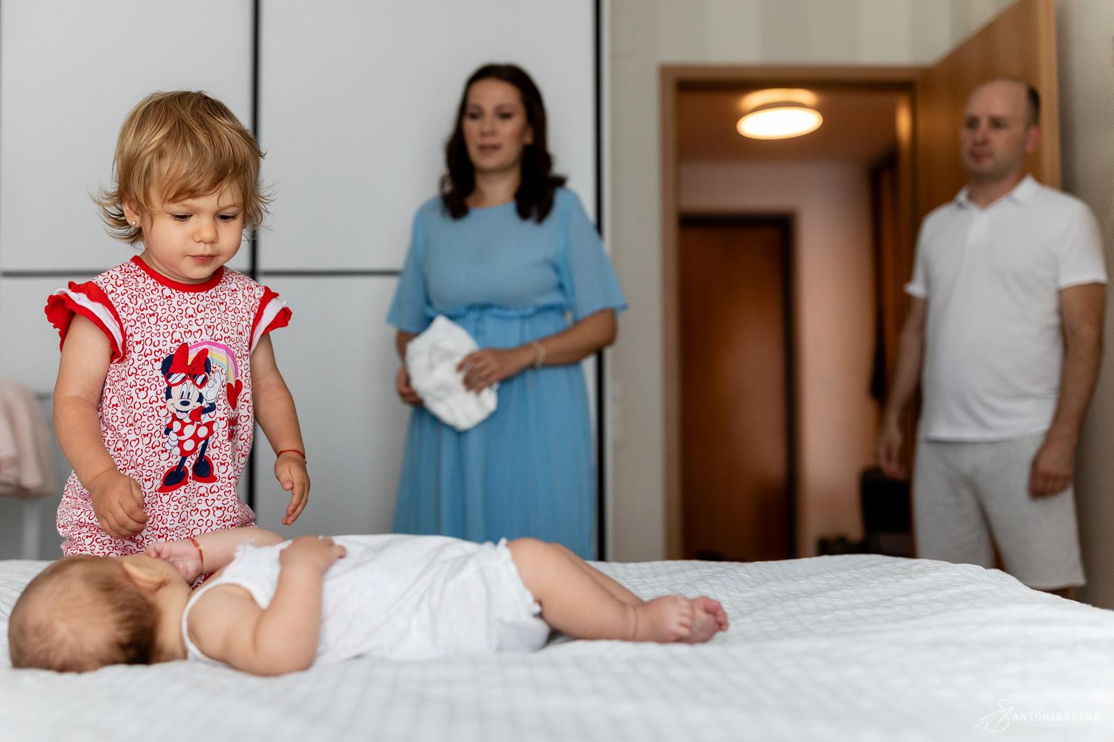 Fotograf de botez Bucuresti-Antonio Socea - Sedinta foto lifestyle Bucuresti